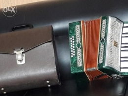 Vintage 1962 mini accordion with green marble