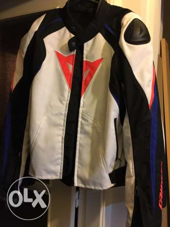 Dainese Jacket and back protection for sale راس  بيروت -  1