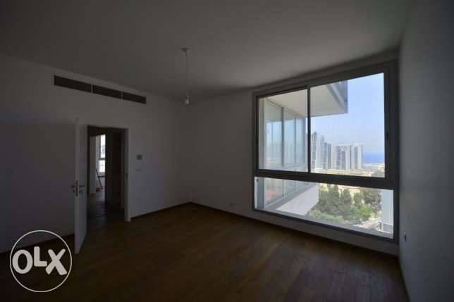 New apartment for rent in Zoukak el Blat facing Solidere 225 sq راس  بيروت -  3