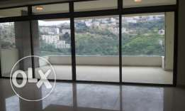 New Mar Takla 265 sq. m. 4-Bdrm Apt for Rent