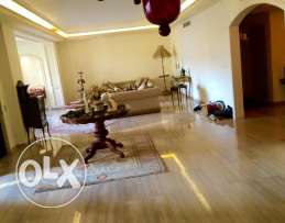 ein Teeneh: 380m apartment for sale
