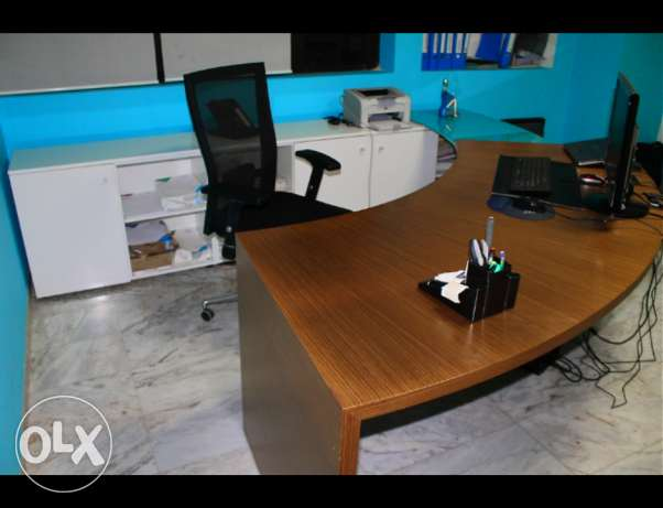 Desk Manager office