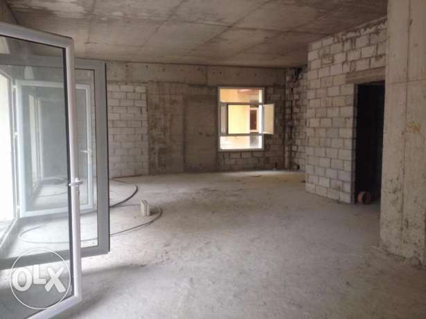 New Showroom for rent in Hazmieh