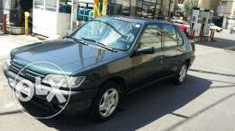 Peugeot 306ST full options.