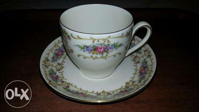Dozen of Tea cups