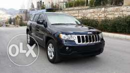 Jeep Grand Cherokee Laredo 2011 pearl blue black super clean