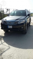 2014 Toyota Fortuner very clean