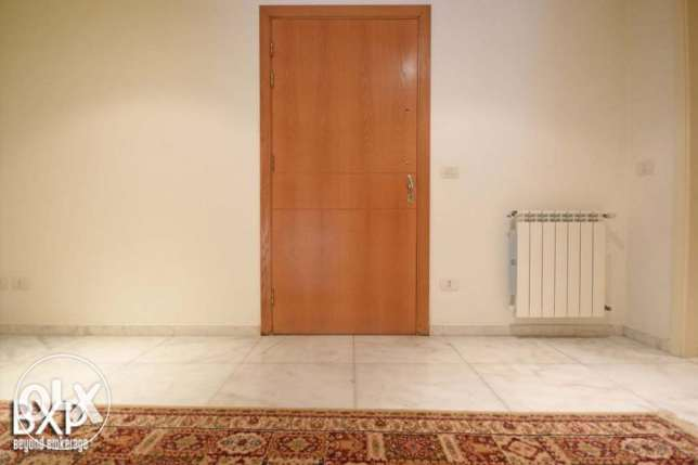 260 SQM Apartment for Rent in Beirut, Verdun AP6073