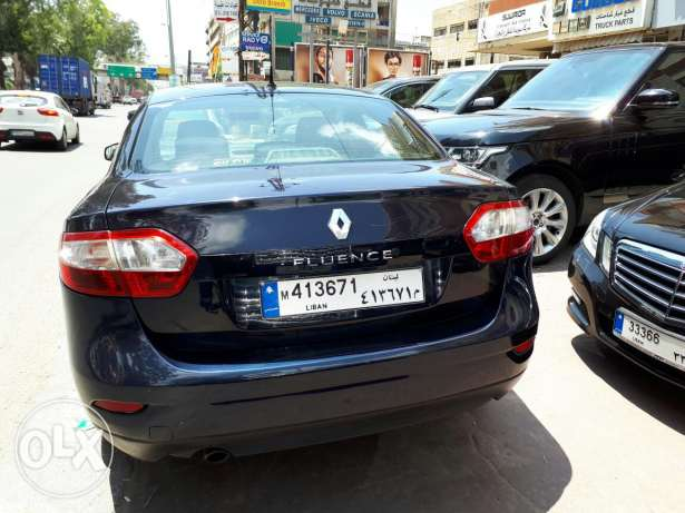 Very nice fluence fully equipped economic and family car