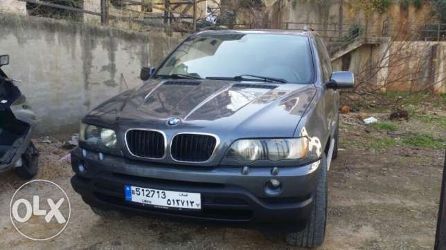 X5 5are2 nadafi sport package
