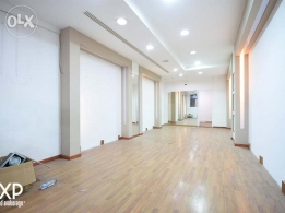 100 SQM Shop for Rent in Beirut, Verdun RE4433
