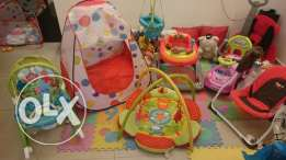 Baby accessories all fo 200$ instead of 240$