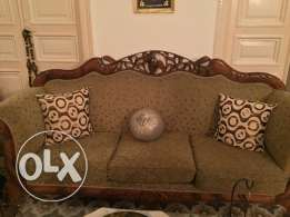 salon and table for sale