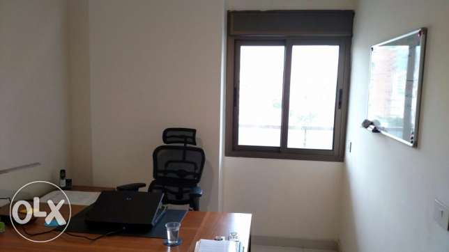 Office 2 rooms + waiting room