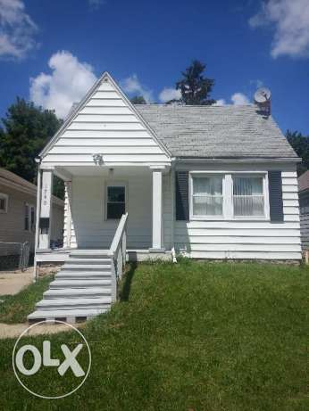 Land + House For Sale on Mansfield road, Toledo, Ohio, USA