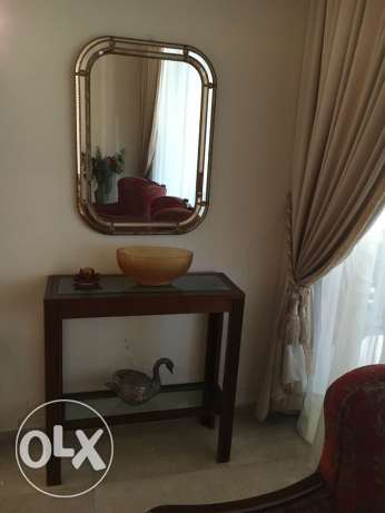 Entrance console mirror and 2 chairs
