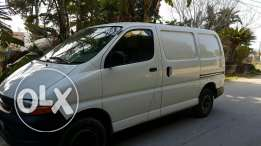 Van Toyota hiace white colour model 2008 excellent condition 4 wheels