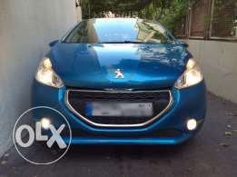 peugeot 208 1.6l Full options model 2013