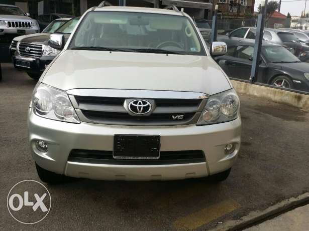 Toyota Fortuner, Model year 2008