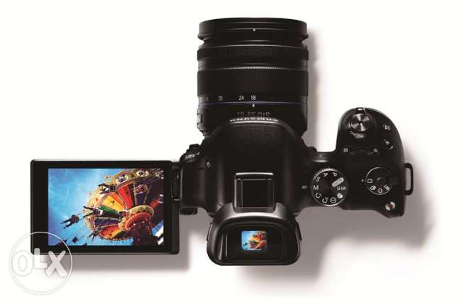 Samsung DSLR mirrorless NX30 + Lenses (check description)