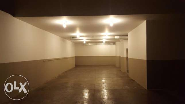 600 Sqm Warehouse for sale in Jdeideh