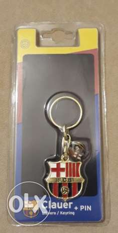 FC Barcelona Key Chain + Pin