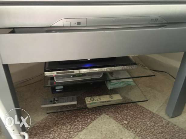 tv Panasonic 38 like brand new راس  بيروت -  3