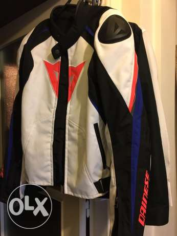 Dainese Jacket and back protection for sale راس  بيروت -  5