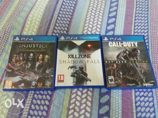 "3 ps4 cd's the original ""kill zone "" "" call of duty "" ""injustice """