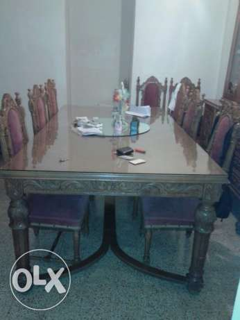 Dining Room Table + 10 Chairs + Cupboard مزخرفة سن الفيل -  2