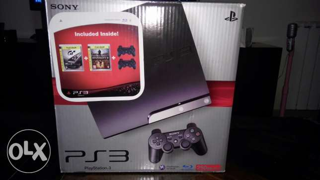Playstation 3 with 7 original games