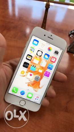 Iphone 6s // silver // 64gb // 450$