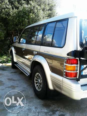 Mitsubishi PAJERO 5are2