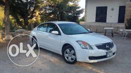 Nissan Altima 2008 with exellent condition
