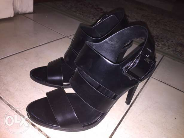 Zara black sandals/heels size EU 38
