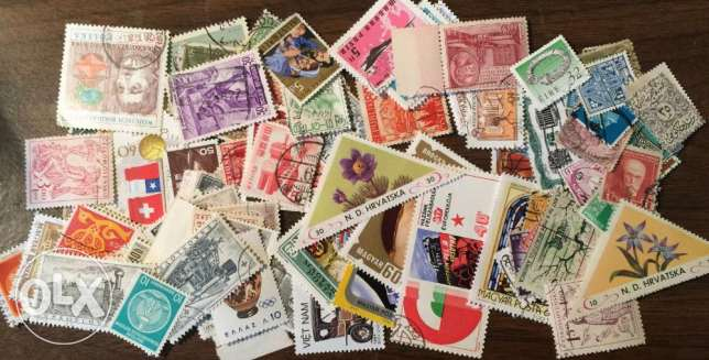 150 Worlwide all different stamps