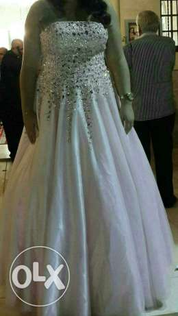 Dress for sale عجلتون -  2