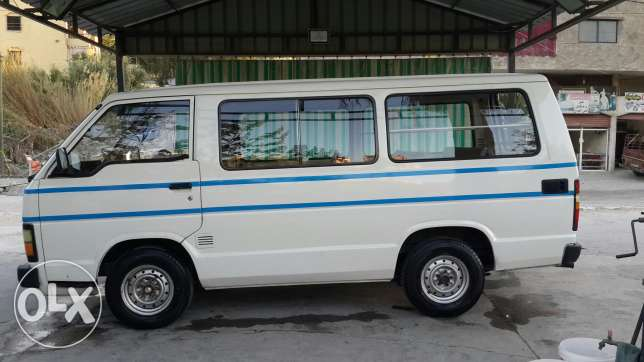 toyota hiace model 1985