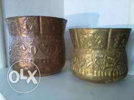 Paires old pots, copper hand made, each 15$