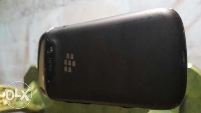 Iphone 4 16gb + blackberry bold 5 for sale or trade غبيري -  4