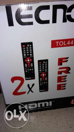 "Tv Tecno One 44"" like new for sale 270$ with 2 remote controls, stand."