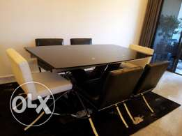 dining table opens till 270 cm +6 leather chairs