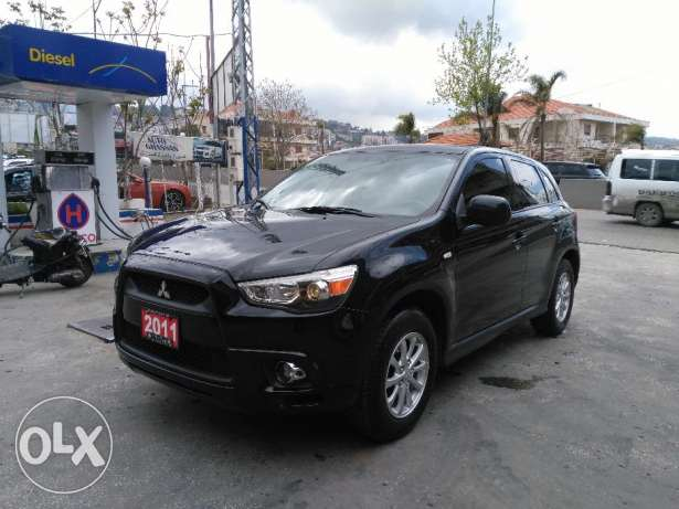 Mitsubishi outlander 2011 full option clean carfax