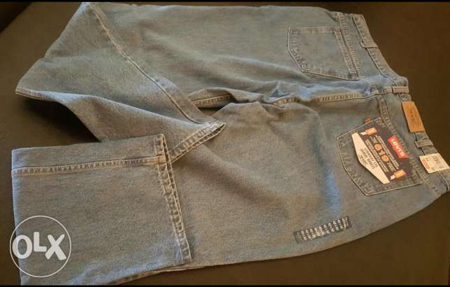 Jeans Levi's original new. Big size from Canada 40$