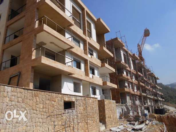 175 m2 new apartment for sale in Rabwe (open mountain view)
