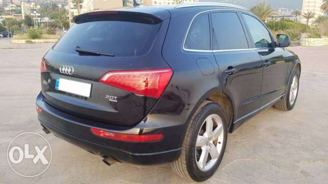 AUDI Q5 black - Black Leather