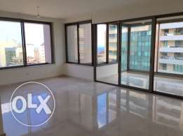 Hamara: 220m apartment for sale