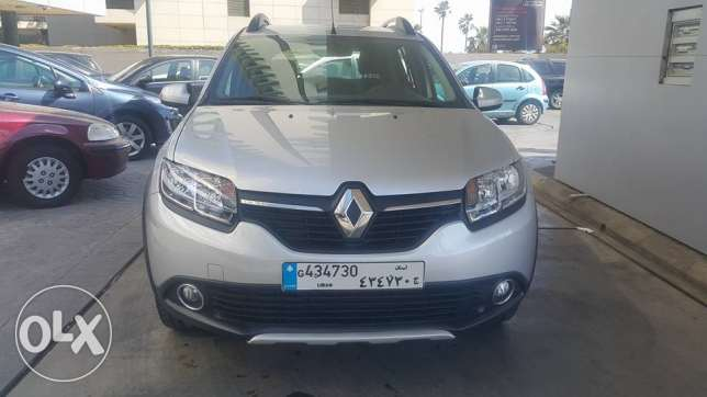 Introducing the Renault Sandero StepWay 2014//only/ 30000 KM