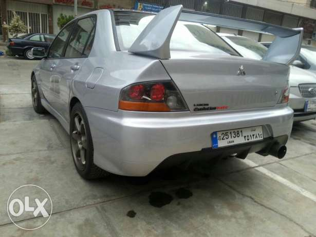 Mitsubishi evolution 9 super clean فرن الشباك -  3