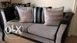 7 pieces + carpet + curtain & more is in very good condition.